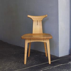 回転小椅子
