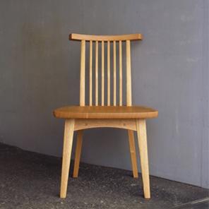 回転椅子スポーク