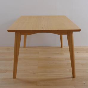 テーブル4人掛け02