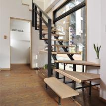 ギャラリー 階段