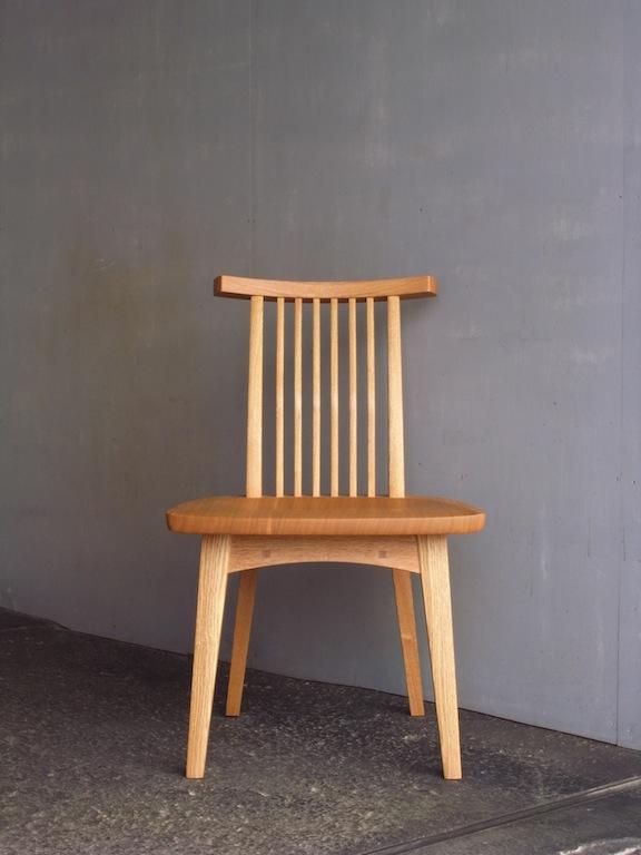 回転椅子 正面
