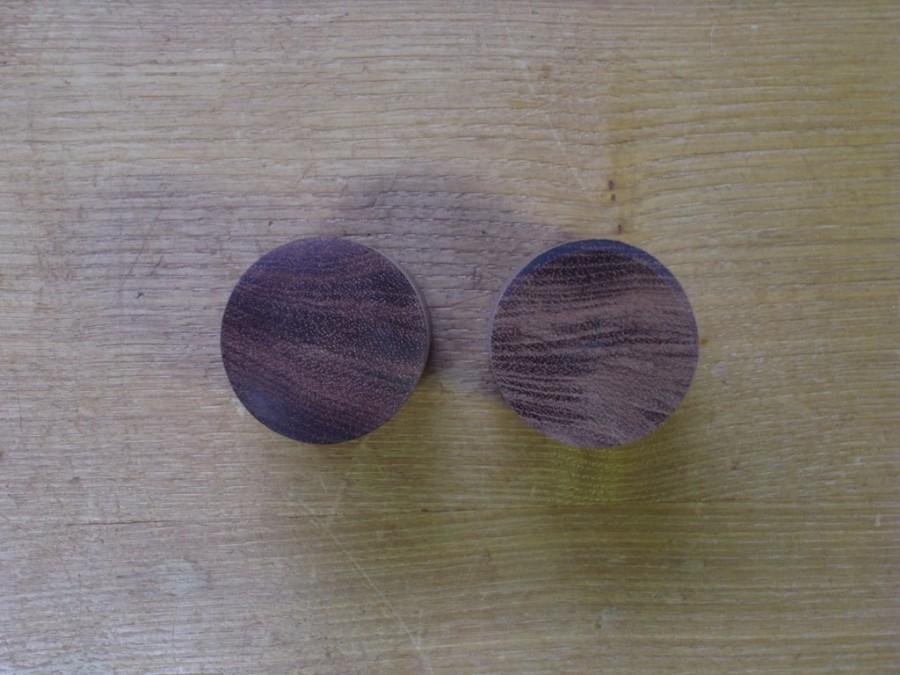 木のドアノブ