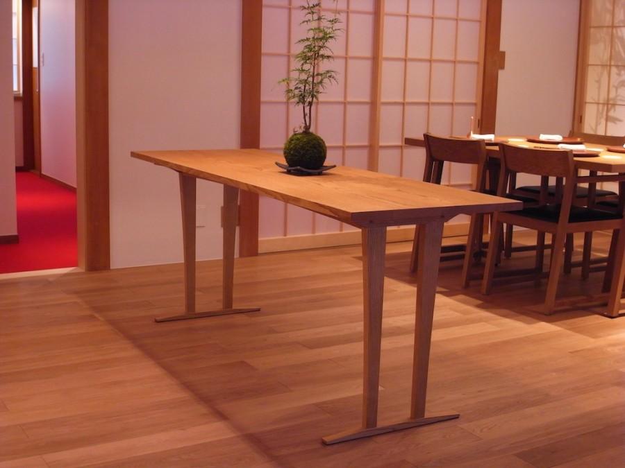 展示テーブル
