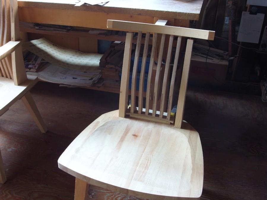 椅子背中のあたり改良
