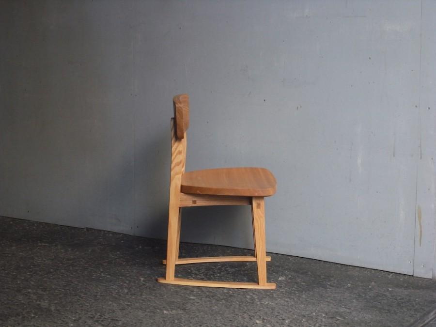 子供椅子 小 側面