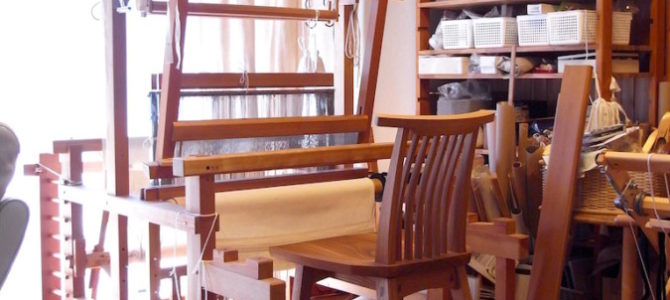 機織り機・回転椅子