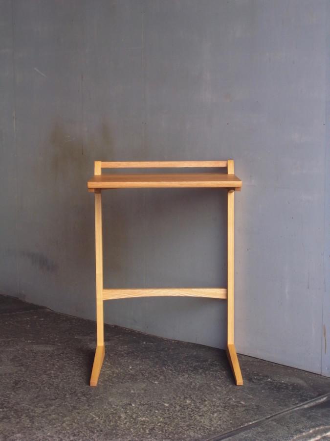 サイドテーブル 正面