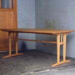テーブル 斜め面